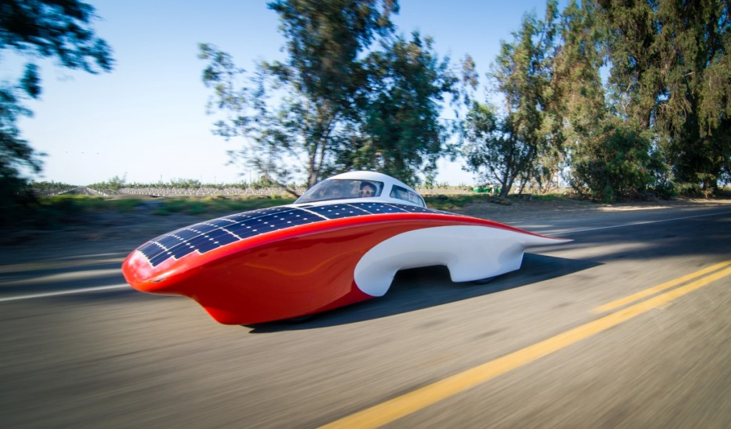 stanfords-luminos-world-solar-challenge-car-image-stanford-solar-car-project_100433022_l.jpg