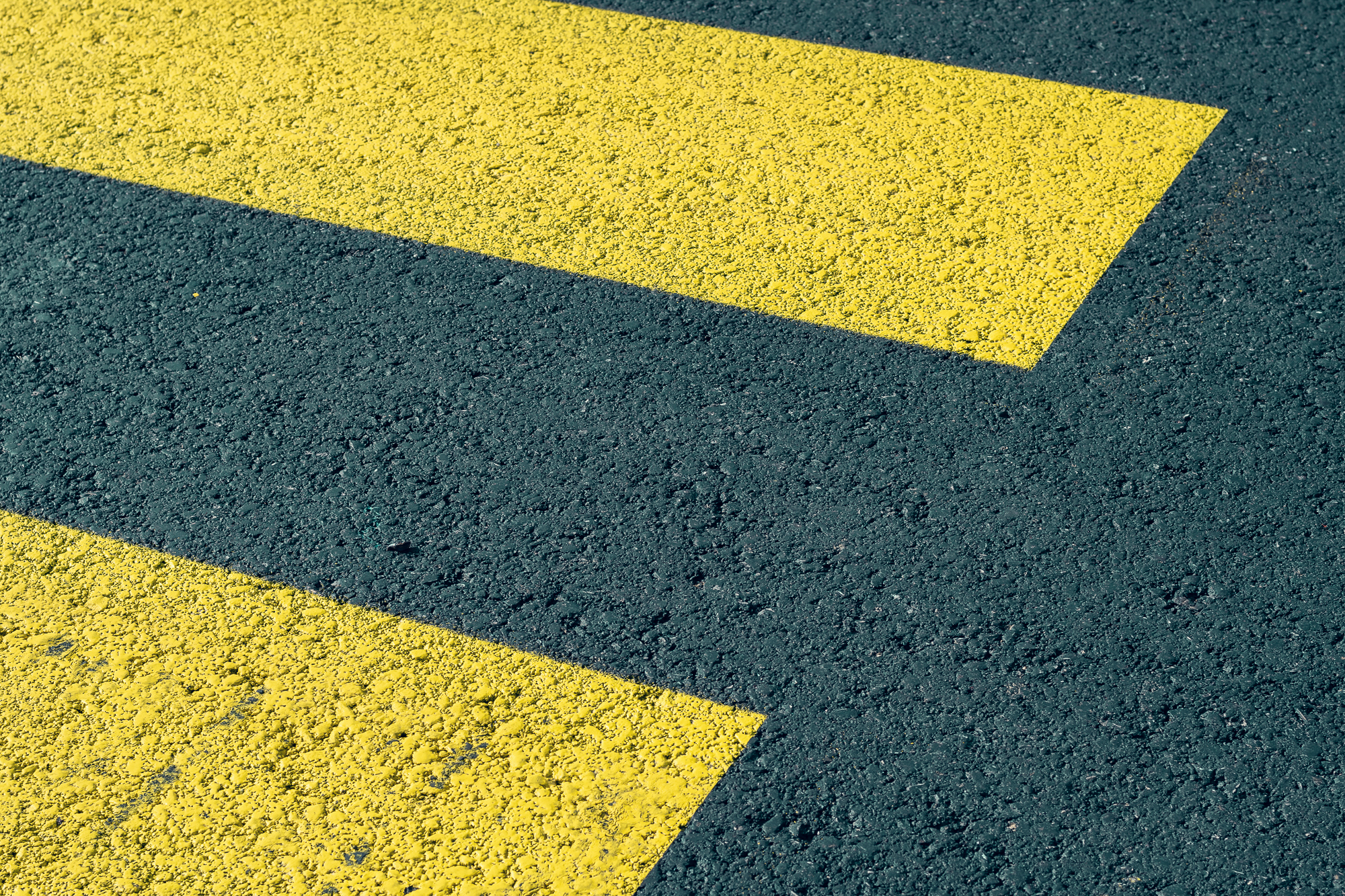 yellow_marks_on_street_adobestock_388763555.jpg